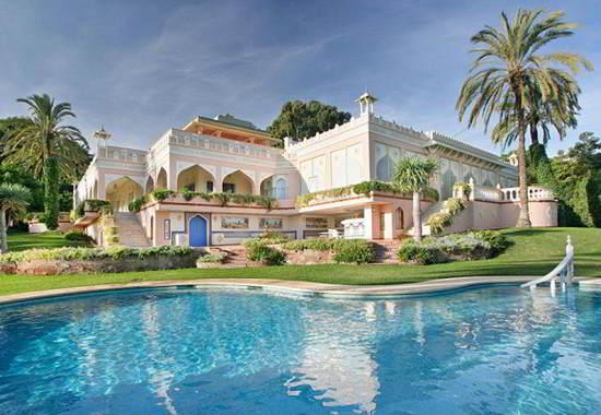 Mansão-Palácio em estilo Indiano é destaque na Espanha