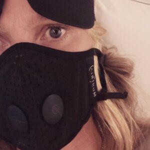 Máscaras de luxo chegam a custar R$ 1 mil